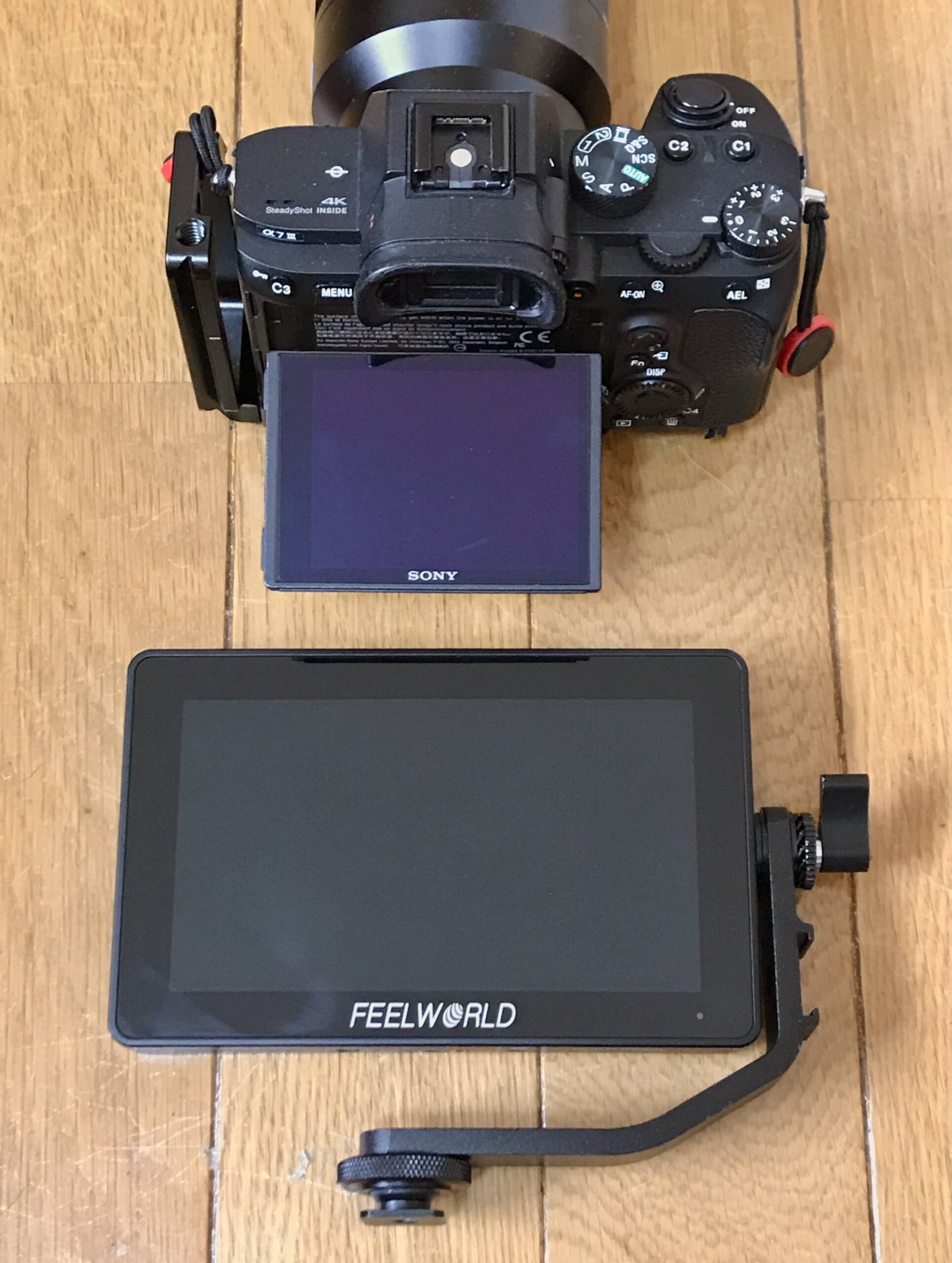 SONY α7iiiとFEELWORLD F6 PLUS 5.5インチ小型タッチスクリーン3D
